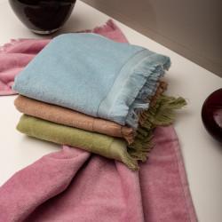 Πετσέτα με κρόσσι